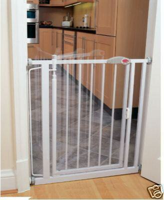 CLIPPASAFE AUTO-CLOSE SAFETY / STAIR GATE EXTRA NARROW